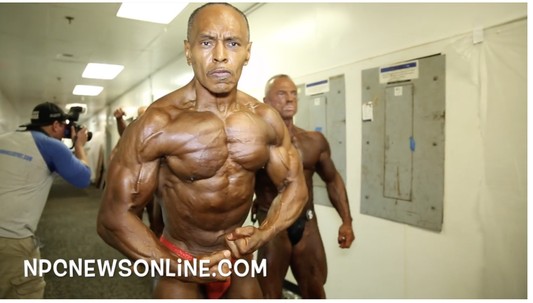 2017 IFBB PITTSBURGH PRO MASTERS BODYBUILDING BACKSTAGE