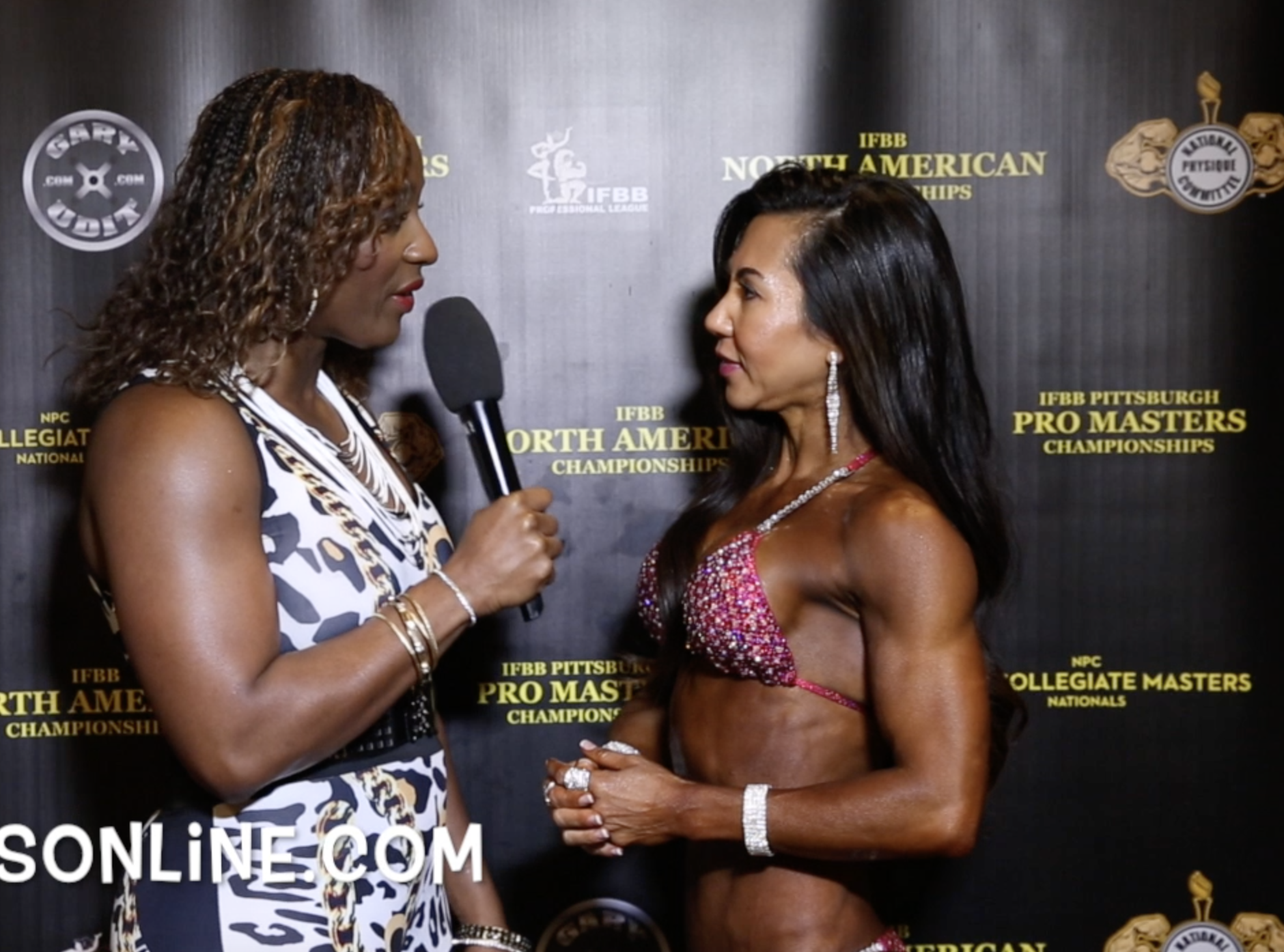 2017 IFBB PITTSBURGH PRO MASTERS PRO BIKINI OVER 35 & 40 WINNER KAYLA LE & OVER 45 WINNER ANGELA KEGLER VIDEOS