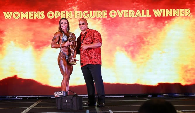 2017 NPC Shawn Ray Hawaiian Classic Open Figure Overall Winner Loraine Gonzalez Video