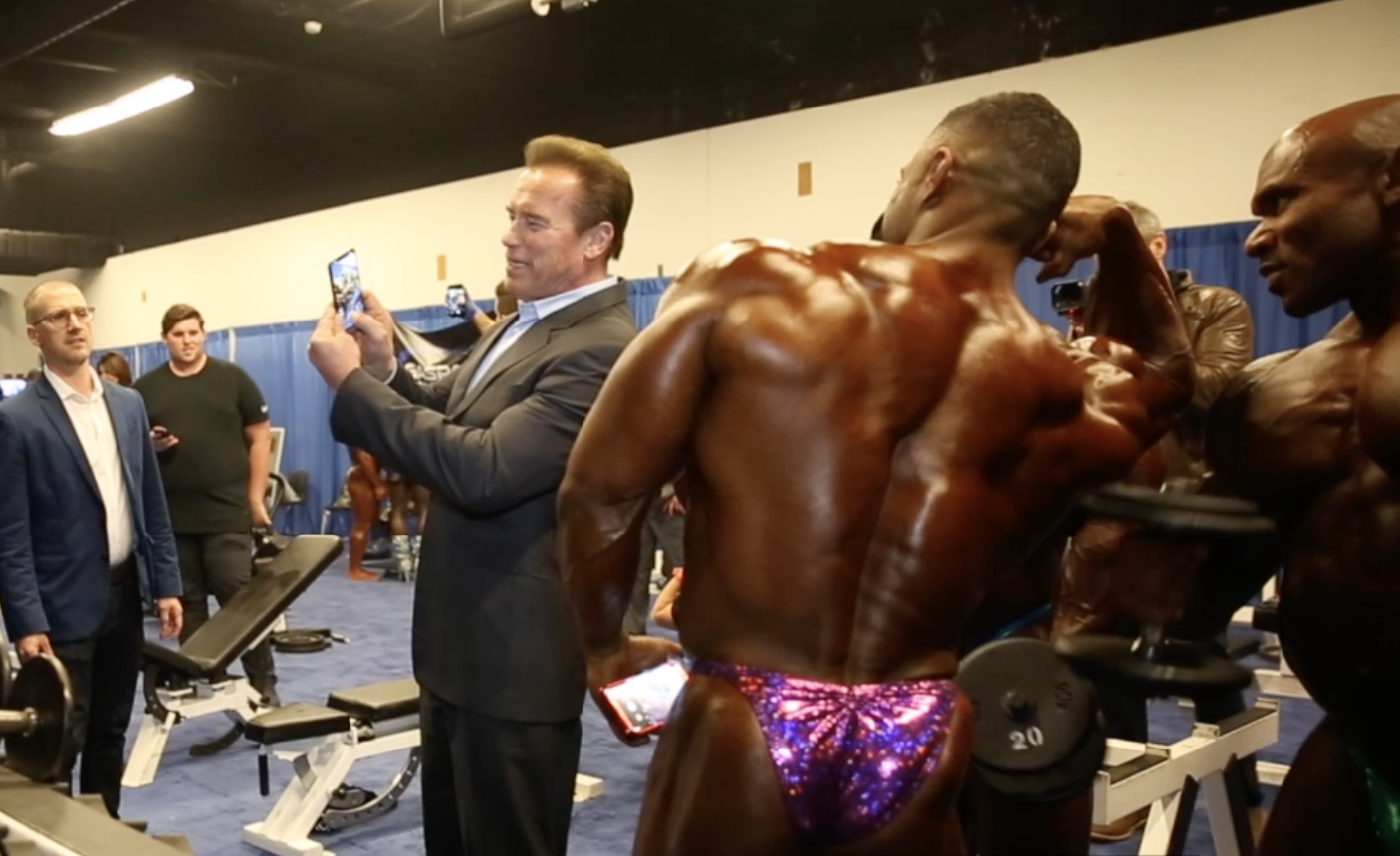 2018 Arnold Classic Bodybuilding Backstage Finals Video Part 1