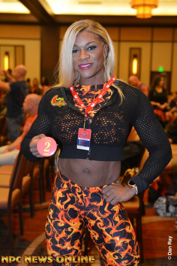 2019 Rising Phoenix Women's Bodybuilding World Championship! DSC_1458