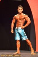 Men's Physique Showdown Winner- Jeremy Buendia