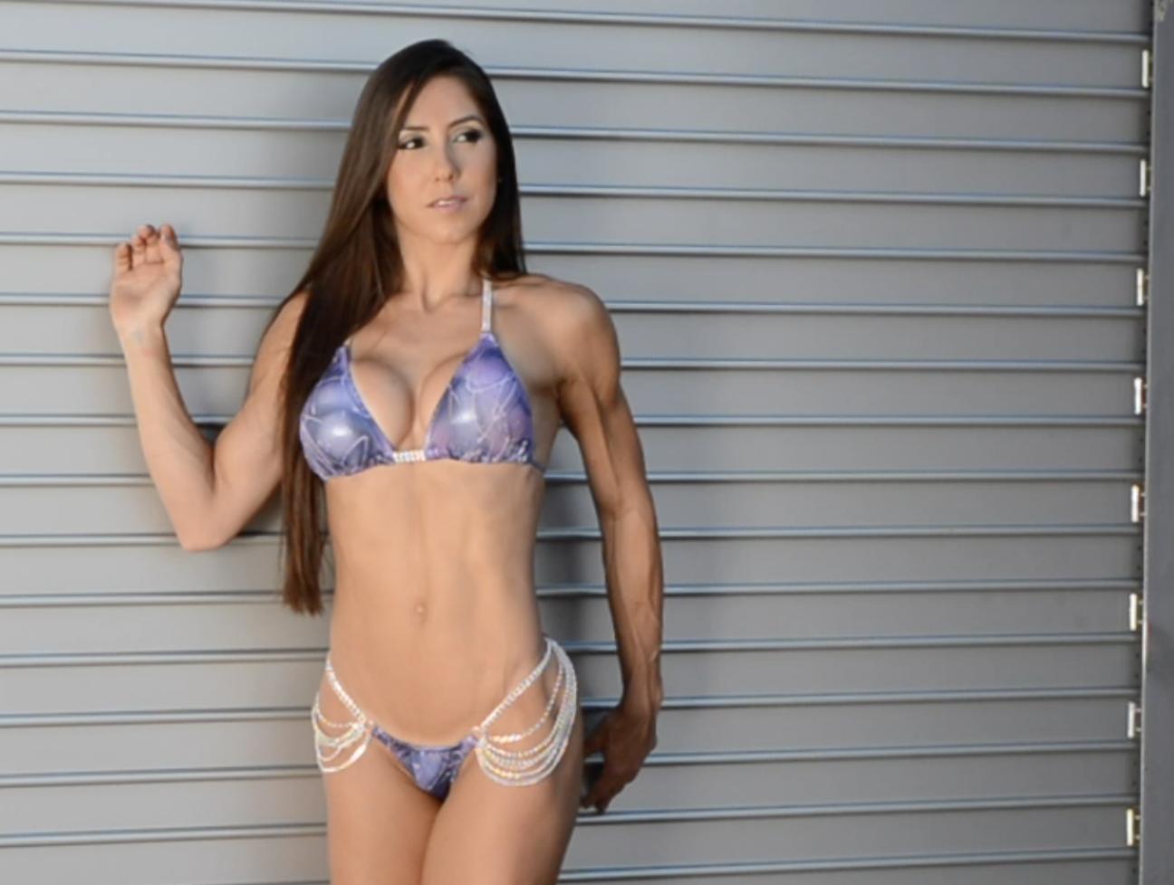 Angelica camacho en bikini